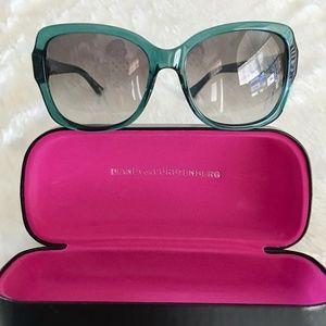 DVF Diane Von Furstenberg Sunglasses and Case